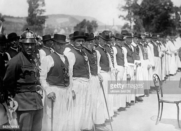 Eine Gruppe der Ritter des neuen Ordenserschienen Nr 34/1925Foto Graudenz