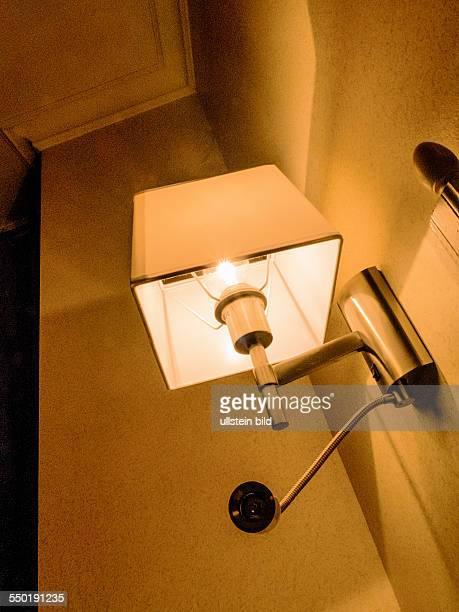 Eine Lampe zur Innenbeleuchtung mit elektrischen Strom