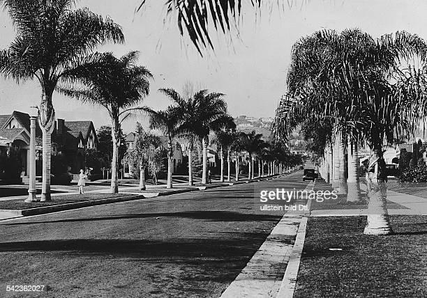 Eine Wohnstrasse in Hollywood / Beverly Hills 1930er Jahre