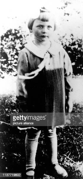 Gertrud Albermann Am 22 April 1931 wurde Peter Kürten wegen Mordes in neun Fällen und weiteren Delikten vom Düsseldorfer Schwurgericht zum Tode...