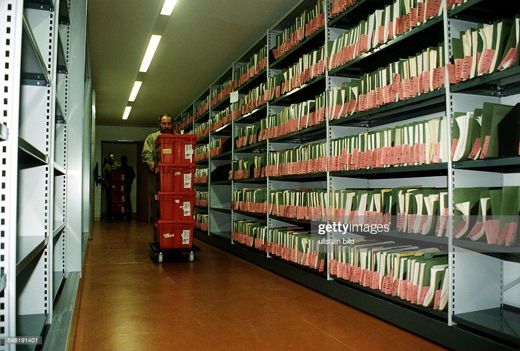 Umzug Bonn - Berlin Pictures | Getty Images
