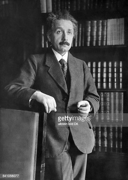 Einstein, Albert - Physicist, Germany/USA *14.03.1879-+ Portrait - Photographer: Sennecke - 1929 Vintage property of ullstein bild