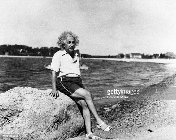 Einstein carried on a romantic relationship with Margarita Konenkov, who was identified as a Soviet agent.