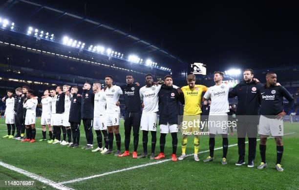 Eintracht Frankfurt players look dejected in defeat after the UEFA Europa League Semi Final Second Leg match between Chelsea and Eintracht Frankfurt...