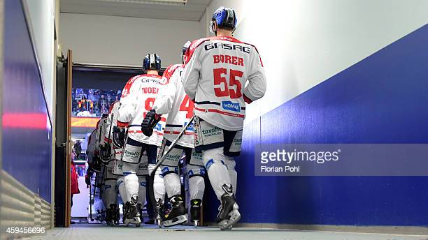 Eisbaeren Berlin player enter the pitch prior the game between Thomas Sabo Ice Tigers and Eisbaeren Berlin on November 23, 2014 Nuernberg, Germany.