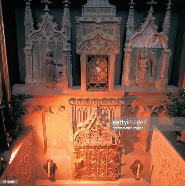 Eistaett Bavaria Benedictine nun monastery Saint Walburg Pilgrimage church Crypt with the bones of the Holy Walburga Walburga was the sister of...