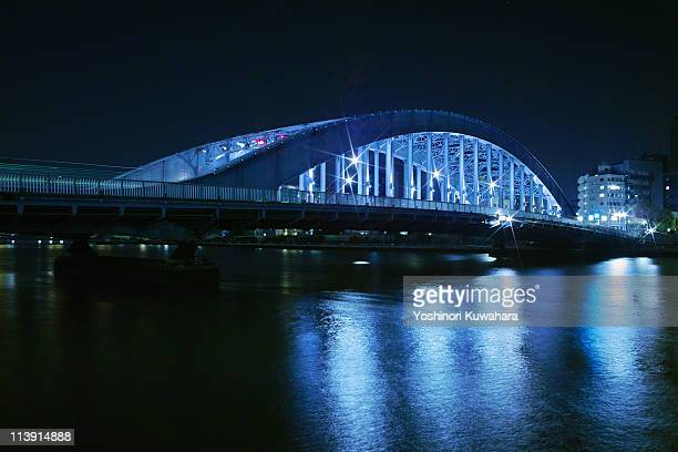 eitai-bashi bridge - 永代橋 ストックフォトと画像