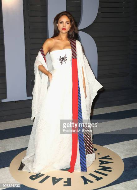 Eiza Gonzalez attends the 2018 Vanity Fair Oscar Party hosted by Radhika Jones at Wallis Annenberg Center for the Performing Arts on March 4 2018 in...