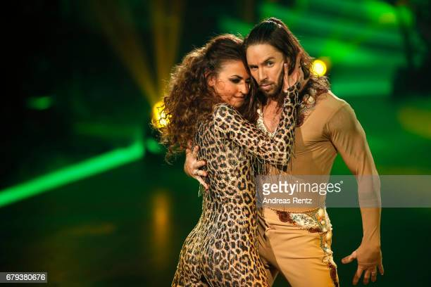 Ekaterina Leonova and Gil Ofarim perform on stage during the 7th show of the tenth season of the television competition 'Let's Dance' on May 5, 2017...