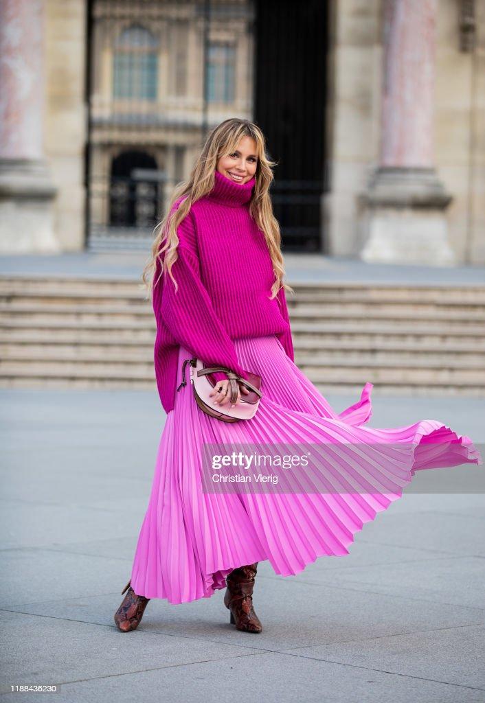 Street Style In Paris - November 2019 : Photo d'actualité