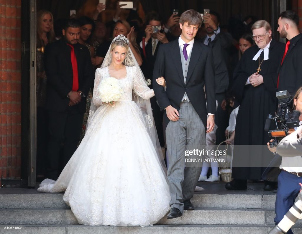 TOPSHOT-GERMANY-ROYALS-WEDDING : News Photo