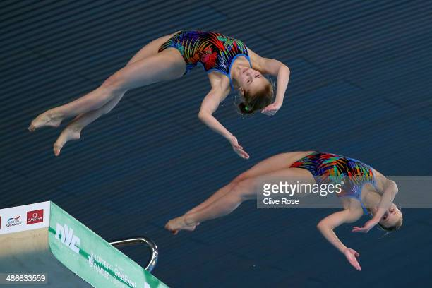 Ekaterina Petukhova and Yulia Timoshinina of Russia compete in the Women's 10m Synchro Platform Final during day one of the FINA/NVC Diving World...