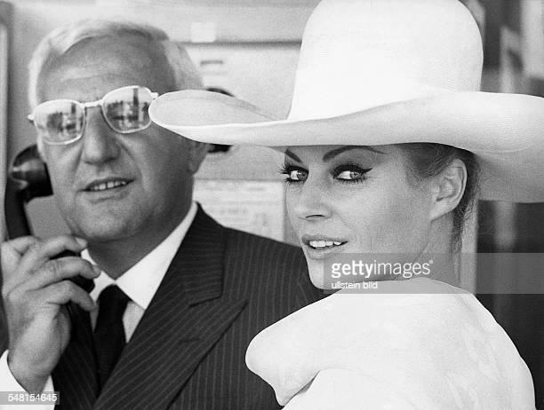 Ekberg Anita * Schauspielerin Schweden mit Adolfo Celi 1969