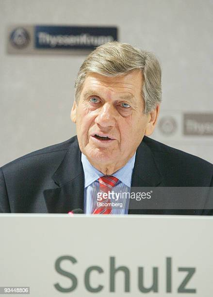 Ekkehard Schulz, chief executive officer of ThyssenKrupp AG, speaks during a press conference in Essen, Germany, on Friday, Nov. 27, 2009....