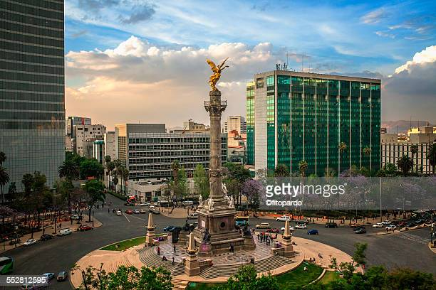 el angel de independencia, mexican landmark - mexiko stock-fotos und bilder