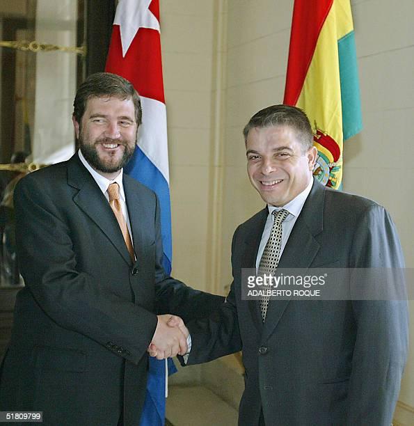 El canciller de Cuba, Felipe Perez Roque recibe al ministro de Relaciones Exteriores y Culto de Bolivia, Jose Ignasio Siles del Valle , en La Habana,...