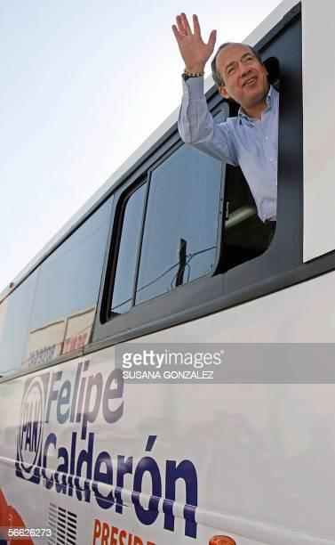 El candidato presidencial del partido de Accion Nacional Felipe Calderon cuando llega para un desayuno en la delegacion Iztapalapa de Ciudad de...
