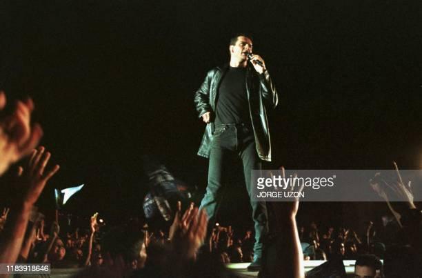 El cantante mas popular de Guatemala Ricardo Arjona realizo esta noche un multitudinario concierto que segun sus promotores conto con la presencia de...