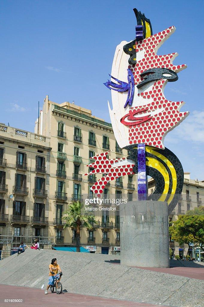e349013c10e El Cap De Barcelona Sculpture In Barcelona Stock Photo - Getty Images