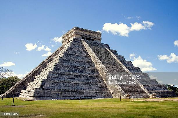 El Castillo Chichen Itza Against Sky