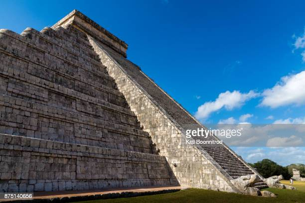 El Castillo, the famous pyramid of Chichen Itza in Mexico