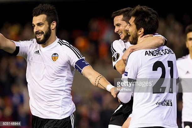 El delantero del Valencia CF Alvaro Negredo 11 El delantero del Valencia CF Pablo Piatti and 21 El centrocampista del Valencia CF Andre Gomes during...