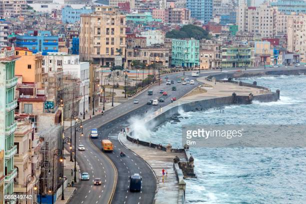 el malecon, havana, cuba - old havana stock pictures, royalty-free photos & images