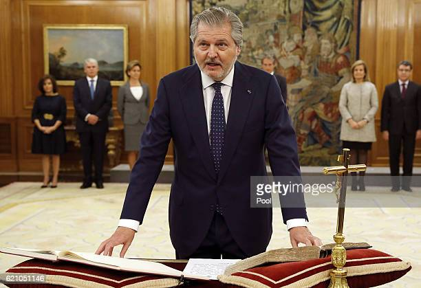 El ministro Educación Cultura y Deporte Íñigo Méndez de Vigo seen as Mariano Rajoy and 13 ministers of his new government are sworn in today to their...