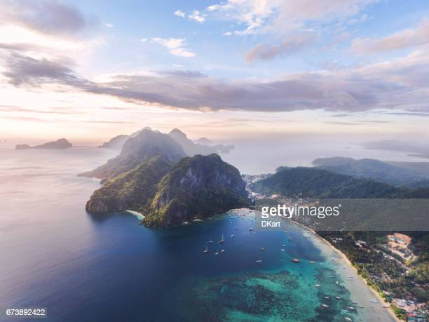 el nido at sunset - el nido stock pictures, royalty-free photos & images