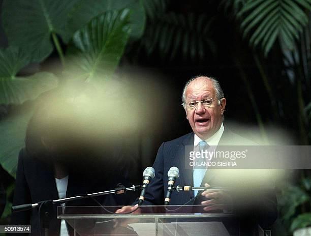 El presidente de Chile Ricardo Lagos pronuncia un discurso el 31 de mayo de 2004 en Ciudad de Guatemala Lagos quien se encuentra en visita oficial de...