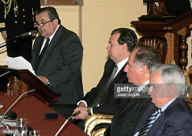 El presidente del Parlamento Latinoamericano Ney Lopes da su discurso inaugural de la XVIII Conferencia Interparlamentaria Union EuropeaAmerica...