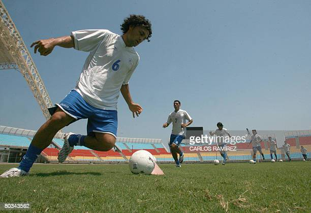 El Salvador national football team player Alex Escobar takes part in a training session on March 22 2008 in Puerto La Cruz east from Caracas where...