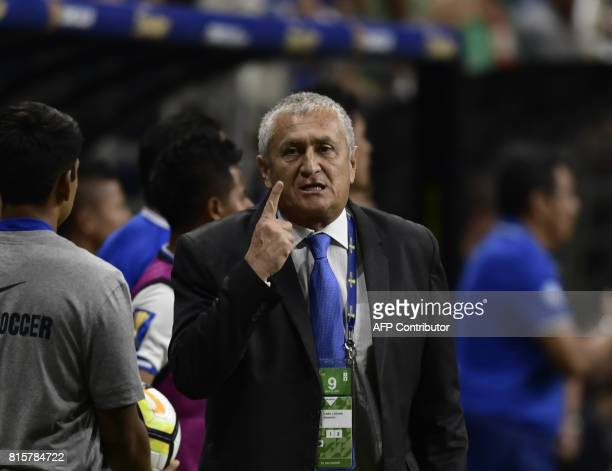 El Salvador's coach Eduardo Lara gives instructions during the CONCACAF Gold Cup soccer match against Jamaica at the Alamodome on July 16 2017 in San...