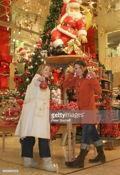 Wonderwall beim WeihnachtsShopping Köln Kaufhaus Weihnachten Weihnachtsmann Christbaum Nikolaus Advent Adventszeit Weihnachtszeit Sängerin Pop Musik...