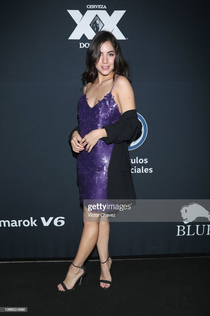 https://media.gettyimages.com/photos/ela-velden-attends-the-8th-anniversary-of-estilodf-at-foro-masaryk-on-picture-id1066324680