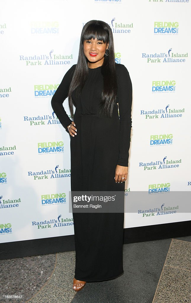 Elaina Watley attends the Randall's Island Park Alliance Fielding Dreams 2013 Gala at American Museum of Natural History on March 12, 2013 in New York City.