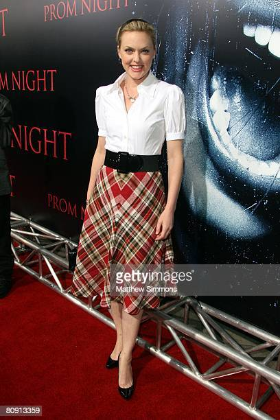 """Elaine Hendrix attends the premiere of """"Prom Night"""" at the Arclight theatres on April 8, 2008 in Los Angeles, California."""