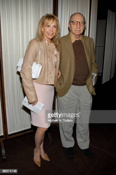 Elaine Joyce and Neil Simon attend the 25th Anniversary of Creative Alternatives of New York at the Loeb Central Park Boathouse on May 4 2009 in New...