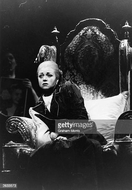 Elaine Paige performing Eva Peron's death scene in the West End musical show 'Evita' by Andrew LloydWebber and Tim Rice