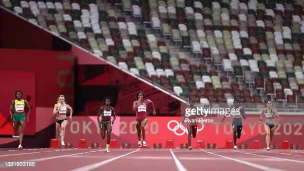 Elaine Thompson-Herah of Team Jamaica, Beth Dobbin of Team Great Britain, Crystal Emmanuel of Team Canada, Gabrielle Thomas of Team United States,...