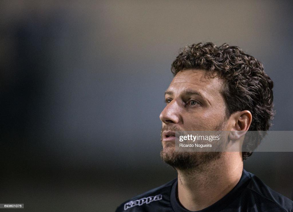 Santos v Botafogo - Brasileirao Series A 2017