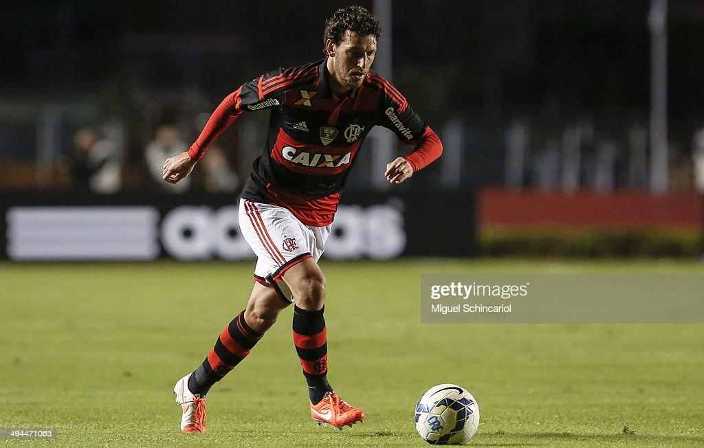 Flamengo v Figueirense - Brasileirao Series A 2014