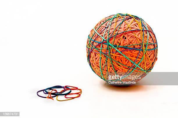 Elastic band ball