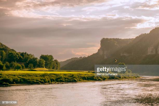 elbe and elbe sandstone mountains - bernd schunack stock-fotos und bilder