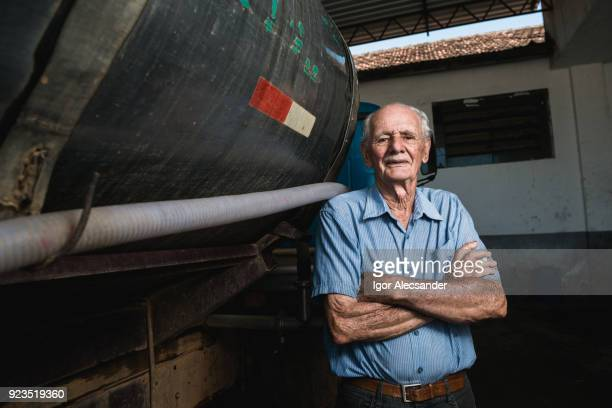 Personnes âgées dans l'industrie laitière