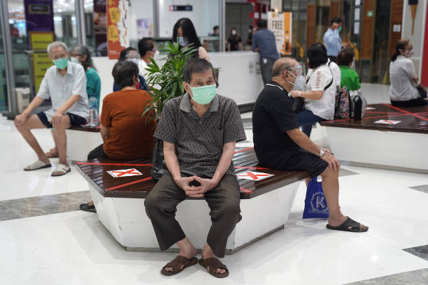 IDN: Vaccinating Seniors As Indonesia To Expand Curb, Confirm More U.K. Variant Cases
