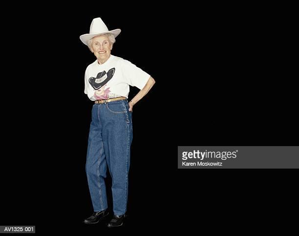 elderly woman, line dancing - tee reel bildbanksfoton och bilder