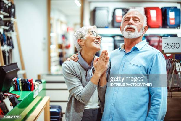 altere, reife frau bettelt um mehr