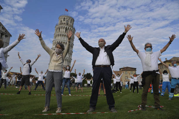 ITA: Flash Mob For The Reopening Of The Leaning Tower In Pisa