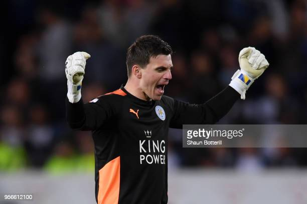 Eldin Jakupovic of Leicester City celebrates during the Premier League match between Leicester City and Arsenal at The King Power Stadium on May 9...